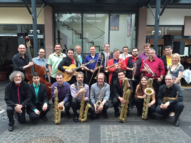 """Jazz in den Mai"" mit der Big Band URKNALL"
