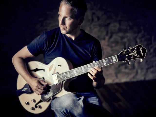 Arnulf Ochs – Uli Brodersen  Guitar Band